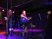 Amanda Standalone and the Pastryshop Girls
