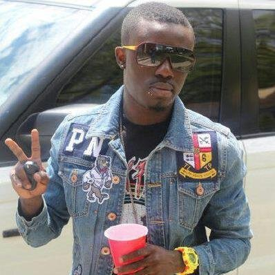 Criss Waddle,Under,Mugeez,Paedae-Money(R2bees) by Criss