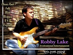 Rob Aptheker[a.k.a Robby Lake]