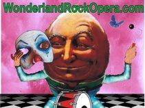 wonderlandrockopera.com