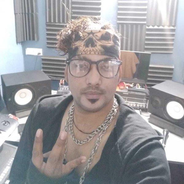Rapper Ada Boy - I Never Back Down by RAPPER ADA BOY