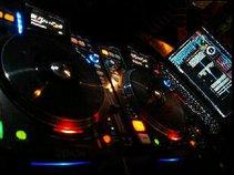 V.DJ OZA