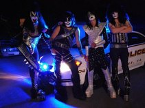 Dressed To Kill USA (KY based KISS Tribute)