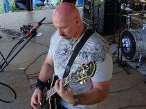 Darren Buckner-Guitarist