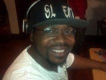 DJ DEE BOY