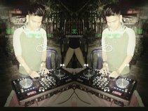 DJ wahyu sutacagi ☊