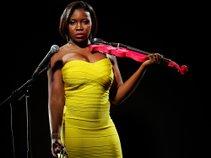 Charisa the ViolinDiva