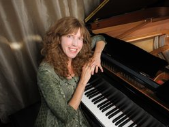 Jennifer Bloomer