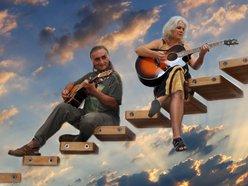 Syl & Ric Folk Rock band