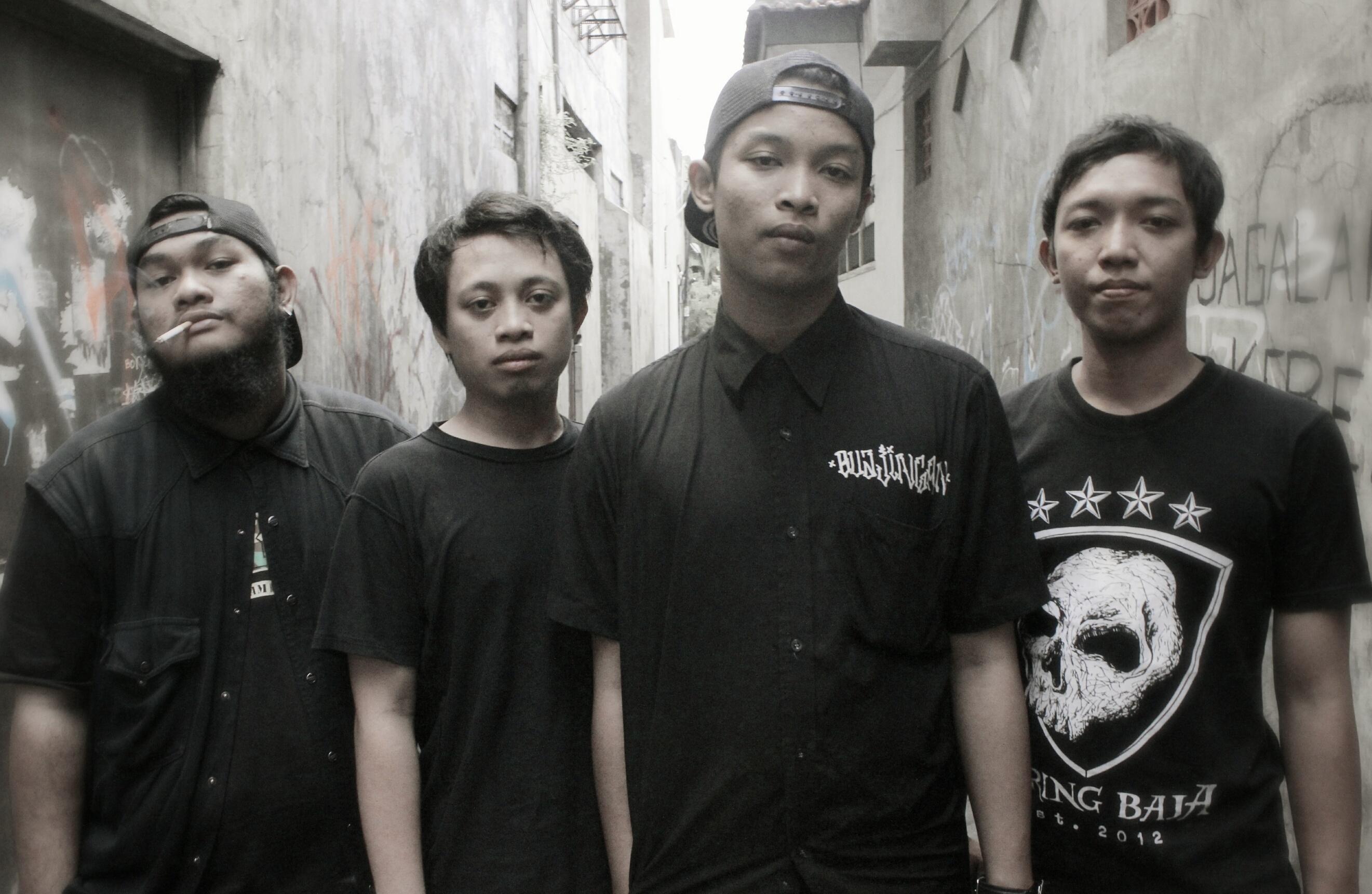 Black t shirt reverbnation - Black T Shirt Reverbnation 9