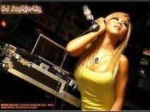 DJ Sophia Lin