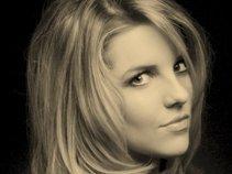 Sara Ashley