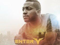 Enter Victorious