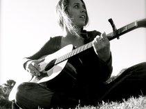 Andrea Lyn