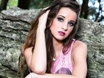 Victoria Leigh