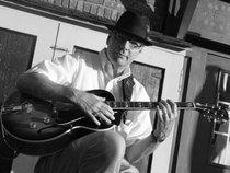 Larry Newcomb Solo / Duo / Trio / Quartet