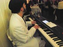 Andrew White - Pianist