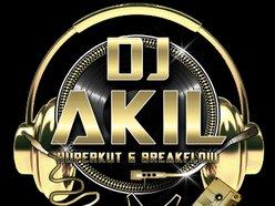 DJ AKIL