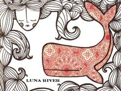 Luna River