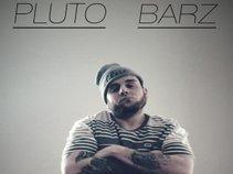 Pluto Barz