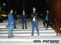 Live Forever (tributo a Oasis)