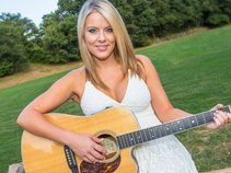 Christie Leigh