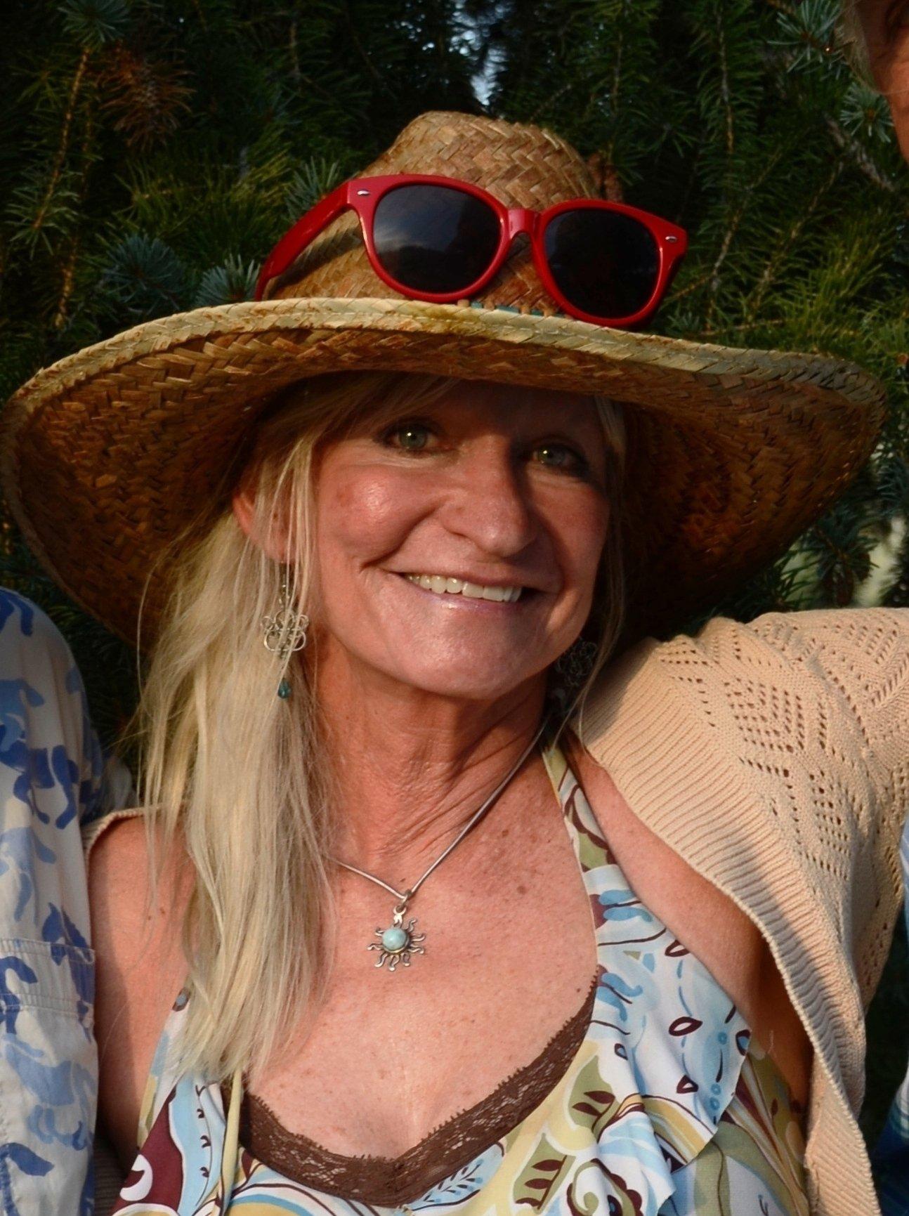 Deanna Webb Nude Photos 32