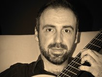 Ioannis Dimitropoulos (classical guitarist-composer)