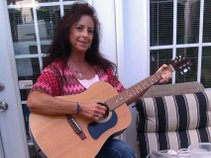 Lisa Huffman Skinner/Artist/Songwriter