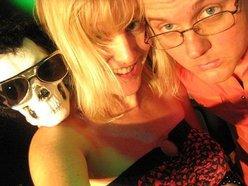 Image for The Mad Tea: Krekel & Ami