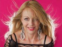 Lisa Hendry