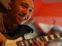 Adrian Nuñez (GrooveAnthem)