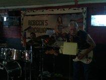 B4E Band