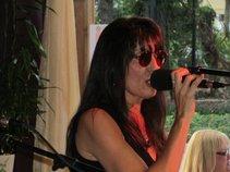 SingerGirlLive - Evie Marie