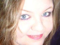 Nicole Shrader