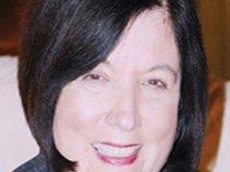 Penelope Dyan