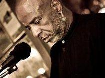 EJ Wilson - The Gaslamp Musicman