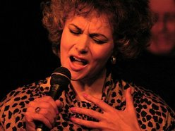 Jenny Evans jazz vocalist