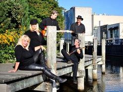 Th Lake Affect Band