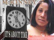 Gayelynn Mckinney & The Mckinney Zone