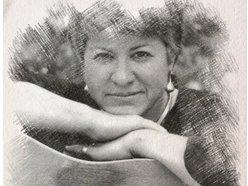Lu'Ann Reeder