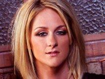 Kelly Blonde