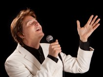 Almost Manilow!