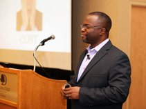 Phill Akinwale, PMP (Speaker & Author)