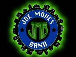 Joe Moves