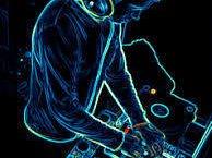 DJ.HhazEm