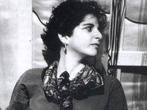Carol Leven