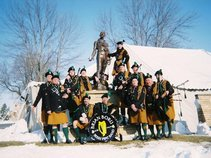 BRIAN BORU IRISH PIPE BAND of ST. PAUL - bagpipes
