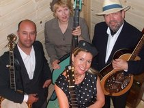 Hayley Moyses and the Bluegrass forum
