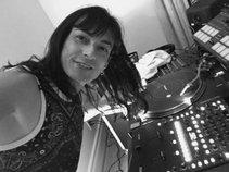 DJ Bellatrix